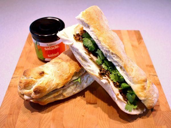 Sandwich Banh Mi à la salade d'algues